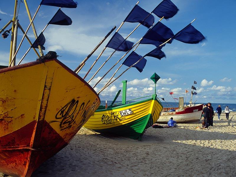 słoneczne plaże nam morzem bałtyckim